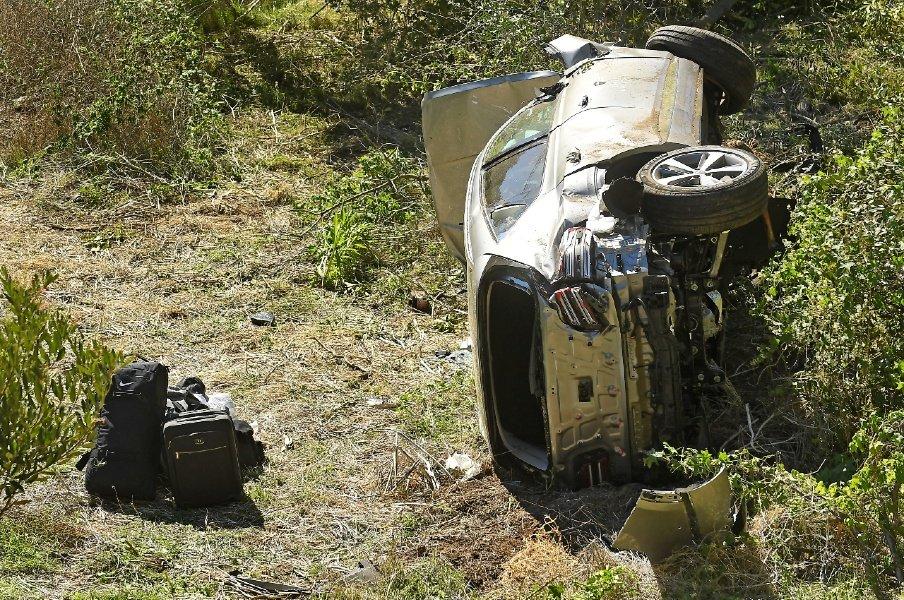 【衝撃の交通事故】タイガー・ウッズに何が起きた? 「ひどく慌てていた」証言、大破したヒュンダイ製の車…