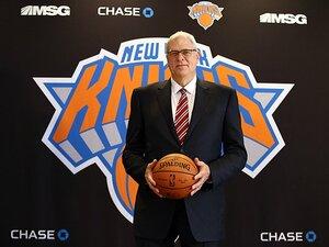 """古巣ニックス""""再興""""を誓い、ジャクソンが球団社長に。~NBA最強の名将、NYに熱狂を~"""