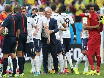 """ドイツ対フランスは「蛇とマングース」?個性が逆転した""""天敵""""同士の激突。<Number Web> photograph by Getty Images"""
