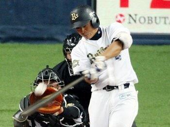 2番打者は「つなぎ」だけではない!?広島・丸、オリックス・川端らの役割。 <Number Web> photograph by NIKKAN SPORTS