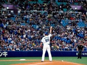 右腕を上げる仕草に、松坂大輔の本音が見えた。~今から動かすよ、と右肩に教えるために~