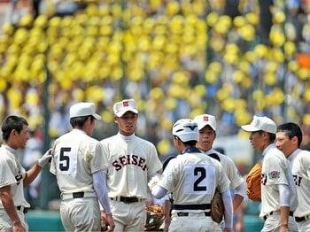 強豪私学は公立高校に苦手意識が!?甲子園、下克上のヒントを考える。<Number Web> photograph by Hideki Sugiyama