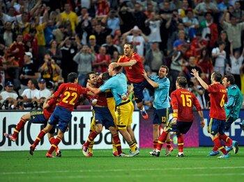 歴史の違いがPK戦の命運を分けた!?スペインがポルトガルを下し決勝へ。<Number Web> photograph by Takuya Sugiyama