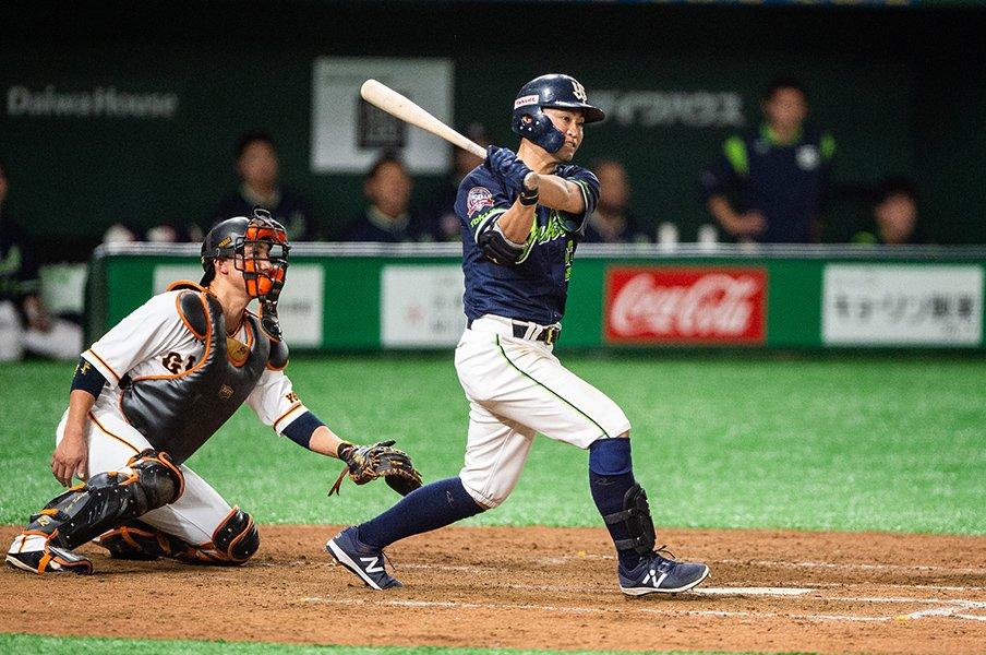 生涯打率1位・青木宣親なら狙える。最年長39歳シーズンでの首位打者。<Number Web> photograph by Nanae Suzuki