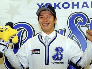 今までの横浜ナインの野球感を覆す、カウント1-3における渡辺直人の選択。