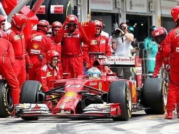 今シーズン自己最高の2位を獲得。アロンソだけに可能な「ある作戦」。<Number Web> photograph by Getty Images
