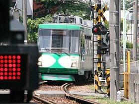 自転車好きは鉄道好き?世田谷線に沿ってゆったり走る。