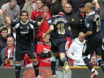 テベス移籍を巡る、ウェストハム、シェフィールド、マンUの仁義なき戦い<Number Web> photograph by Matthew Peters/Manchester United via Getty Images/AFLO