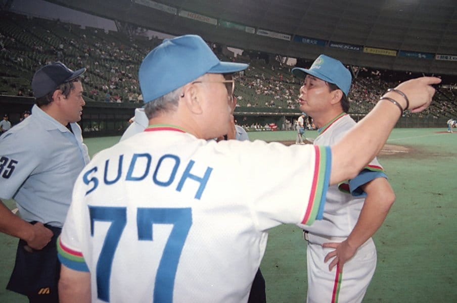 プロ野球にダブルヘッダー復活を!終盤の過密日程、消化試合を防げ。<Number Web> photograph by Kyodo News