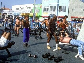「日本の筋トレ」と歩んだ34年・後編。身体を動かす愉しさを知った日本人。<Number Web> photograph by AFLO