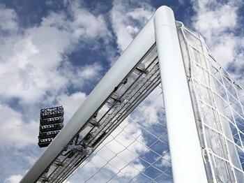 ゴールラインの機械判定が正式決定。文明の利器はサッカーをどう変える?<Number Web> photograph by Bongarts/Getty Images