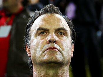 <チリ代表を変えた指揮官> 奇人ビエルサと攻撃絶対主義。<Number Web> photograph by Getty Images