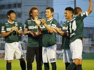 カズ、ラモスが今も醸す独特の空気。永井秀樹の引退試合は「今」のために。