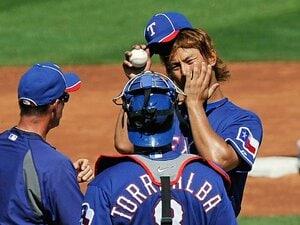 MLBのダルビッシュは変化球投手!? 成功のカギは「ボール」と「湿度」。