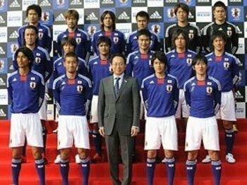 ザースフェーとルステンブルク。~日本がW杯で1勝する方法~<Number Web> photograph by KYODO
