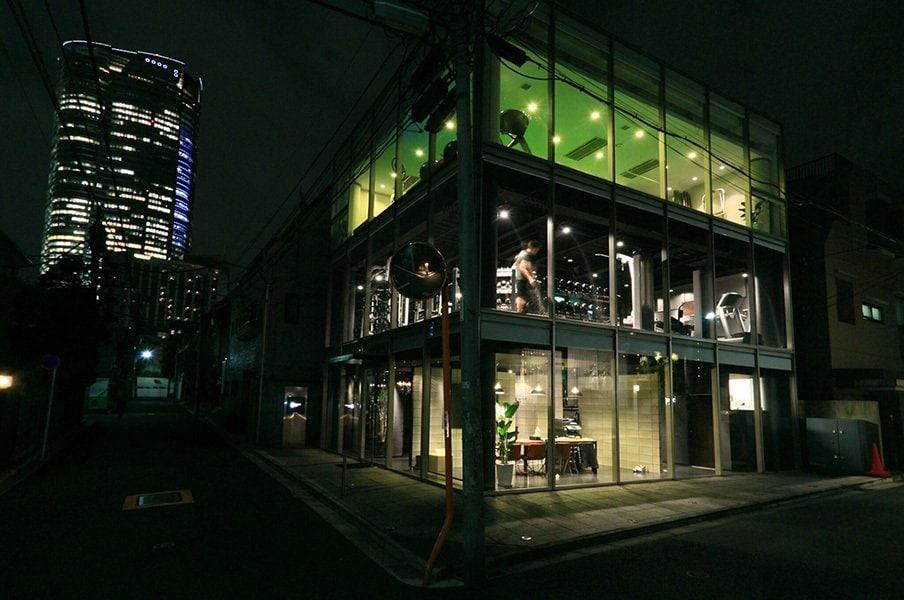 「僕らはね、人類を進化させたい」西麻布のジムが掲げる異質の野望。<Number Web> photograph by Hidenobu Murase