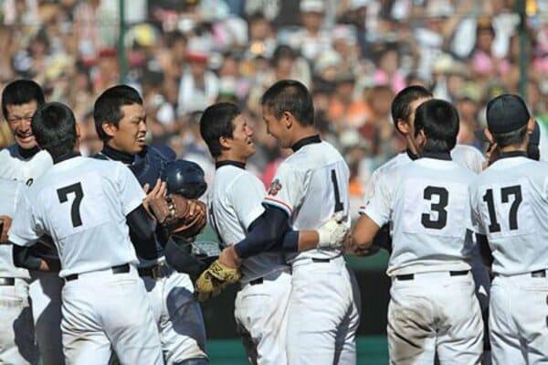 甲子園決勝 中京大中京vs日本文理