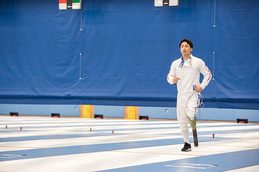 車いすフェンシング・加納慎太郎に松岡修造が「障がいの受容まで」を訊く。<Number Web> photograph by Nanae Suzuki