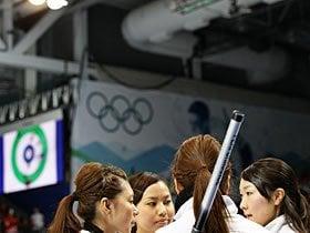 カーリング女子 「埋まらなかったストーン1個分の差」 ~涙の1次リーグ敗退~
