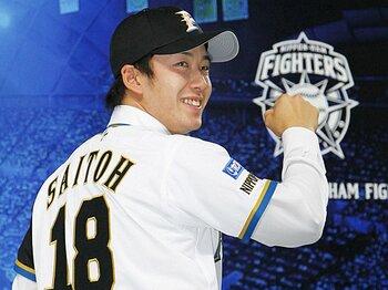 プロ野球ファン最大の関心事!?背番号をめぐる悲喜こもごも。<Number Web> photograph by KYODO