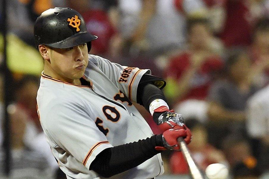 岡本和真は高3からモノが違った。2本塁打の合間に、優しいミート。<Number Web> photograph by Kyodo News