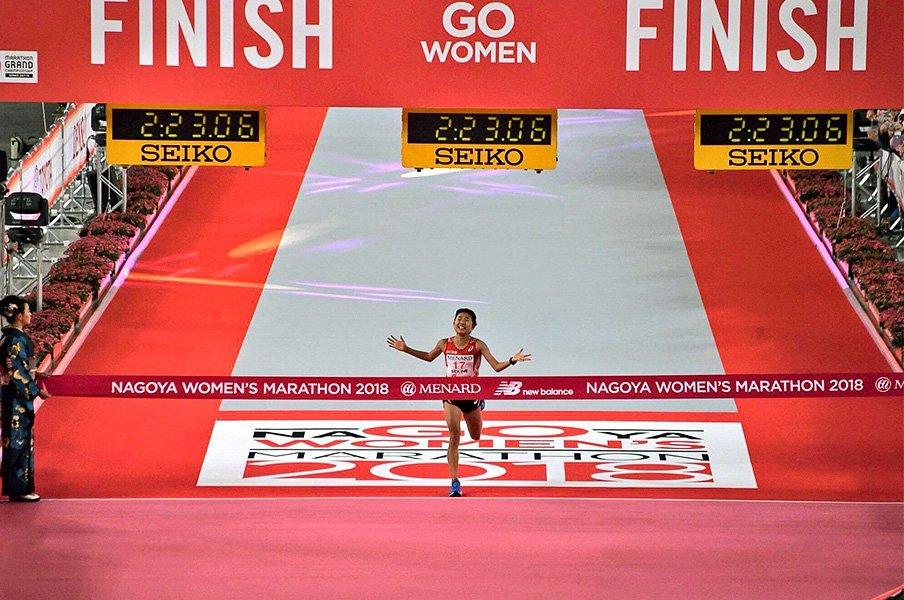 女子マラソン、東京五輪の切符争い。関根花観が見せた挑戦する者の強さ。<Number Web> photograph by EKIDEN News