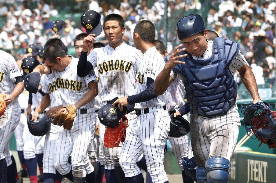 龍谷大平安を苦しめた投球リズム。鳥取城北の「戦術的な遅さ」とは。<Number Web> photograph by Kyodo News