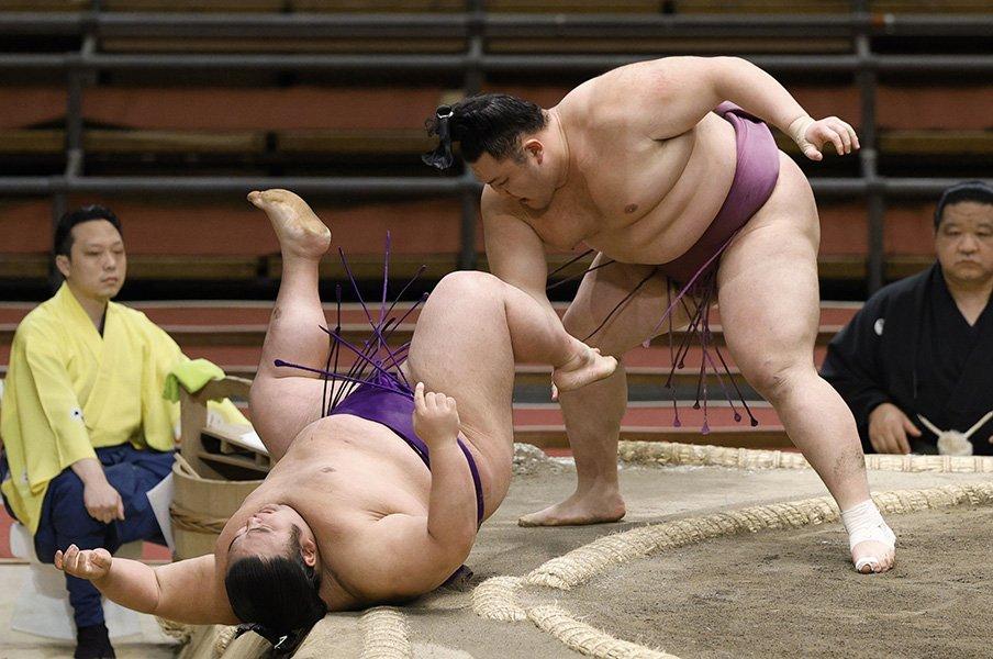 """最強と呼ばれた""""右四つ横綱""""から、新大関・朝乃山への提言。<Number Web> photograph by Kyodo News"""