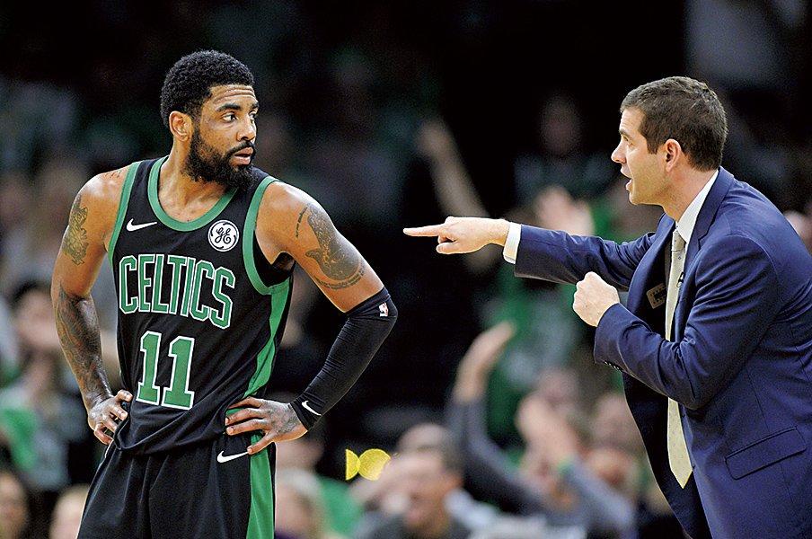 """東カンファレンス優勝候補が完敗。HCとチームリーダーの""""責任""""。~アービングはボストンを去るか~<Number Web> photograph by Getty Images"""