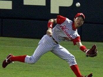 """'09年最高の外野手は赤松と栗山だ!その真の実力を""""数字""""で検証した。<Number Web> photograph by NIKKAN SPORTS"""