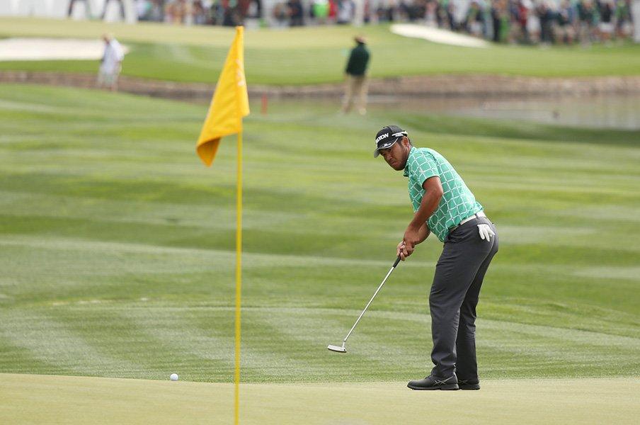 ゴルフ史上最大級のルール変更。捜索時間から旗竿、キャディーまで。<Number Web> photograph by Yoichi Katsuragawa
