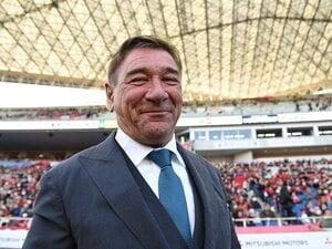 風間八宏「サッカーはお前らがやるものだ」 名波浩の辞任、愛されミシャのハグ…Jリーグ監督の言葉