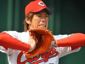 """前田健太の何かがおかしい――。""""泥臭い""""投球に、復活の兆しを見た。<Number Web> photograph by Naoya Sanuki"""