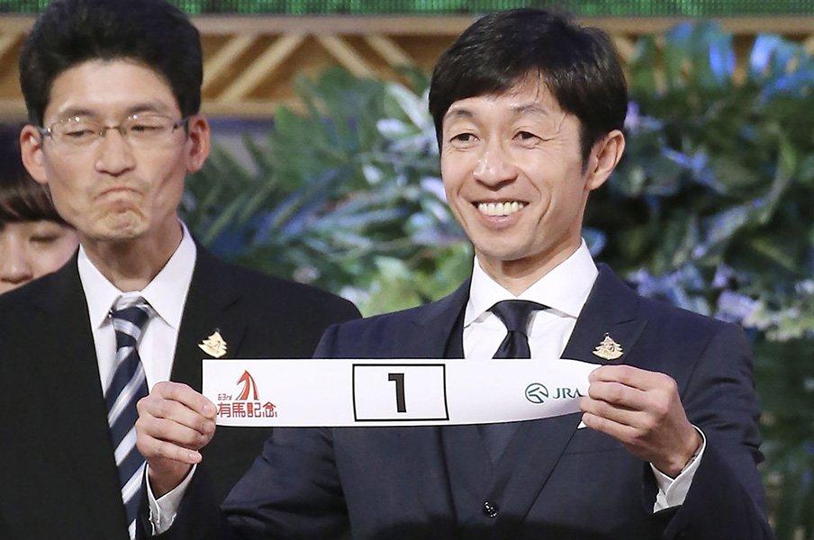 オジュウチョウサンの有馬記念は?レース特有の要素がすべて追い風。<Number Web> photograph by Kyodo News