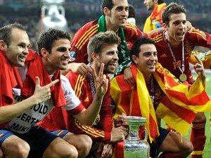 """スペインが「メジャー3連覇」の偉業。""""支配できずとも勝つ""""新次元の強さ。"""