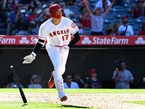 大谷翔平、曲芸打ちに月間9本塁打。打力は「イチロー+松井」の2倍?