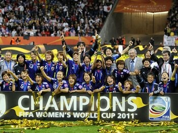 勝利とフェアプレー。~なでしこ、もう一つの快挙~<Number Web> photograph by KYODO