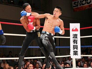 """マッチメークの巧さが光る、シュートボクシングの独自路線。~他団体との""""ギブ・アンド・テイク""""~<Number Web> photograph by Susumu Nagao"""