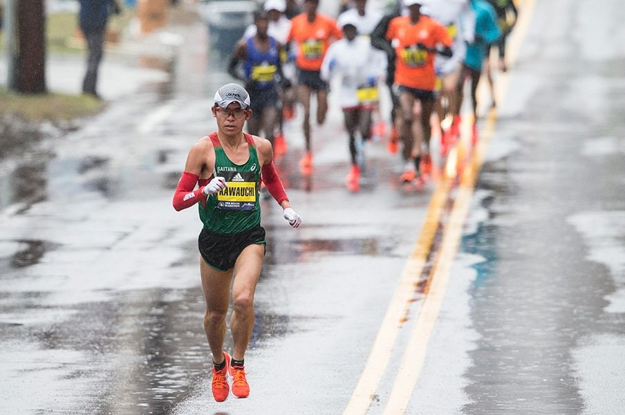 川内優輝、ボストンマラソン優勝!市民の星から「世界のKAWAUCHI」へ。<Number Web> photograph by Keith Bedford/The Boston Globe via Getty Images