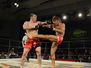 """""""殺し合い""""と""""MMA""""の真骨頂。長南亮と引退する池本誠知の激闘。"""