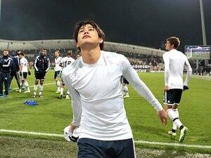 """「一生懸命やるだけの時期は過ぎた」内田篤人の試合中の""""思考""""を辿る。"""