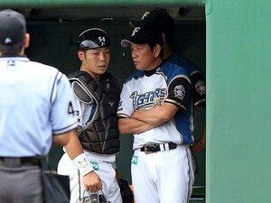 正捕手鶴岡を手放した日ハム、異例の決断のワケ。~横浜高出身3年目、近藤への期待~