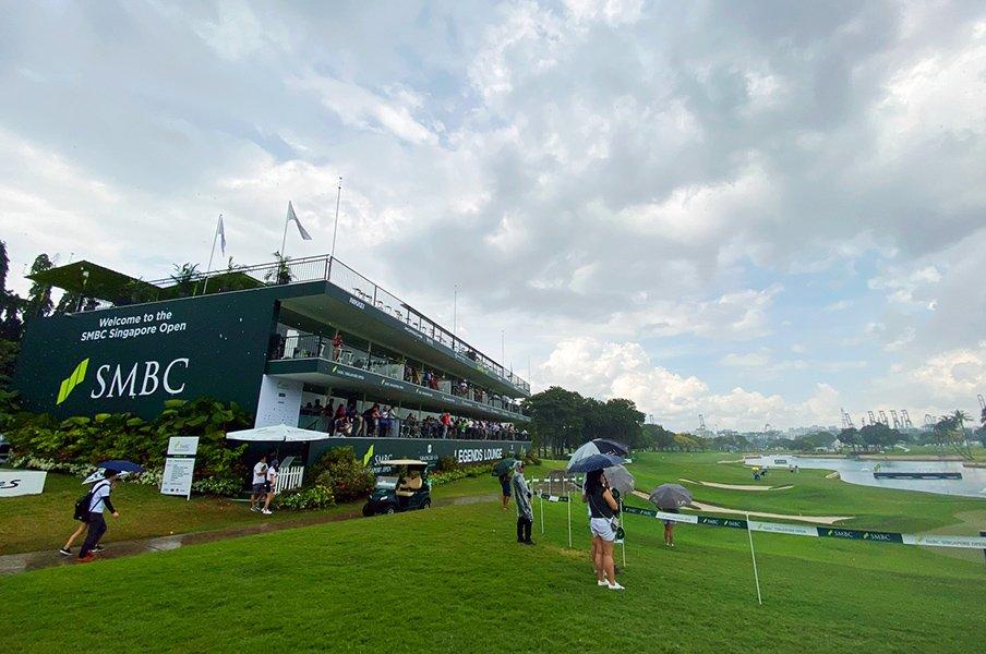 雷雨で中止? 今のルール違反は何?国内ゴルフ観戦に求むデジタル化。<Number Web> photograph by Yoichi Katsuragawa