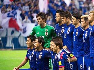 大勝の裏で遂に起こった「政権交代」。西川周作が発揮した集中と、叱責。