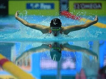 世界水泳で重圧に苦しんだ大橋悠依。彼女を救ったスタッフのひと言とは?<Number Web> photograph by Hiroyuki Nakamura