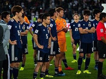 オシムが指摘した勇敢さの欠如。「それでも日本は大きく進歩した」<Number Web> photograph by Takuya Sugiyama