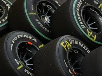 F1界の根幹を揺るがした、ブリヂストン「撤退」の衝撃。<Number Web> photograph by Hiroshi Kaneko