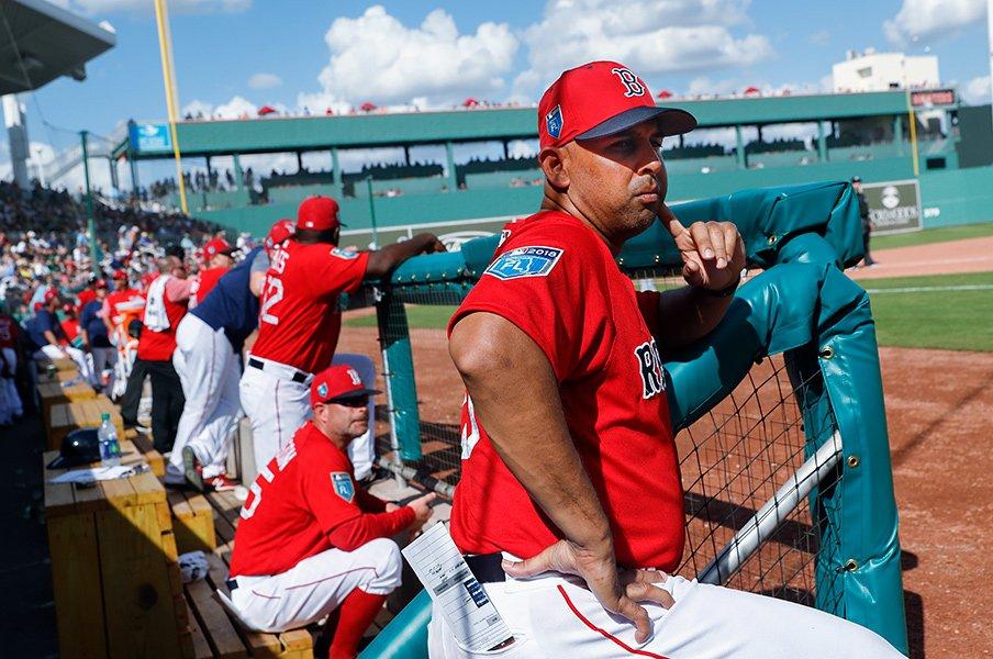 イチローより年下の監督が次々登場。MLBで強権型指導者はもう流行らない。<Number Web> photograph by AFLO