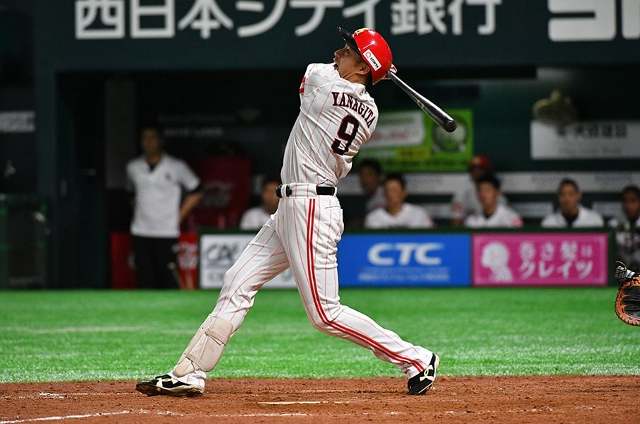 左打者は俊足よりも強打者がいい?ドラフトに見るチーム強化の早道。<Number Web> photograph by Hideki Sugiyama