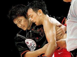 トレーナーは孤独なのである。~たとえボクサーが、ファンが、後援者が喜ばなくてもタオルを投げる時がある~